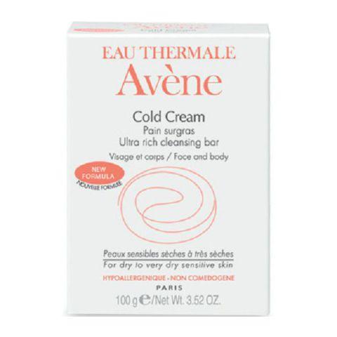 Авен Сверхпитательное мыло с Колд-Кремом  (Плитка 100 г)Очищение кожи лица<br>Прекрасно переносится, мягко очищает даже самый хрупкий эпидермис.<br>- Уникальный состав включат в себя сверхпитательный и смягчающий колд-крем с термальной водой АВЕН, успокаивающей и снимающей раздражение, что позволяет очищать кожу не повреждая ее.<br>- рН мыла соответствует рН кожи, а очень мягкая моющая основа защищает поверностную гидролипидную пленку.<br>- Густая пена и легкий нежный аромат мыла делают его очень приятным в применении.<br>Мыло:<br>• бережно очищает кожу<br>• смягчает<br>• защищает от агрессивных воздействий окружающей среды<br><br>Тип кожи: всех типов, сухой, чувствительной
