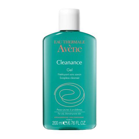 Авен Клинанс Гель очищающий  (Флакон 200 мл)Очищение кожи лица<br>Avene Cleanance soapless gel cleanser (Авен Клинанс Гель очищающий) для жирной, проблемной, чувствительной кожи.<br>Гель очищающий Avene Cleanance soapless gel cleanser обеспечивает эффективное глубокое очищение жирной и проблемной кожи, склонной к акне. Хорошо переносится чувствительной кожей, поскольку не содержит мыла.  Мягкое очищение не нарушает гидролипидную мантию, снимает воспаление, устраняет бактерии, подготавливает кожу к дальнейшему уходу. При регулярном применении Avene Cleanance soapless gel cleanser уменьшается количество вырабатываемого кожей себума, она становится гладкой и упругой.<br>Активные компоненты:<br>термальная вода Avene в высокой концентрации (49%) предотвращает раздражение чувствительной кожи, снимает воспаление;<br>глицерил лаураточищает, контролирует выделение кожного сала, придает коже матовость;<br>лимонная кислотаочищает, проявляет антибактериальное действие, нормализует рН баланс кожи.<br>Гипоаллергенен. Некомедогенен. Не содержит мыла.<br><br>Объем мл: 200<br>Тип кожи: жирной, проблемной, чувствительной