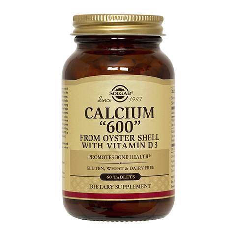 Солгар Кальций 600 из раковин устриц (60 таблеток)Здоровье<br>Solgar Calcium 600 from Oyster Shell with Vitamin D3 (Солгар Кальций 600 из раковин устриц) <br>Биологически активная добавка Solgar Calcium 600 from Oyster Shell with Vitamin D3 содержит кальций в сочетании с витамином D3, который улучшает его усвоение организмом. Кальций необходим для поддержания здоровья костей и зубов, а также нормальной работы сердца и нервной системы. Употребление Солгар Кальций 600 из раковин устриц поможет предотвратить остеопороз, мышечные спазмы, судороги, накопление в организме свинца.<br>Активные компоненты: <br>кальций (карбонат кальция из раковин устриц) компенсирует недостаток кальция в организме; <br>витамин Д3 (холекальциферол) способствует лучшему усвоению кальция. <br>Не содержит глютена, пшеницы, молочных продуктов, сои, дрожжей, сахара, подсластителей.<br>Без консервантов.<br><br>Тип кожи: всех типов