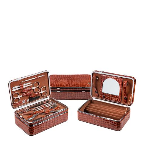 набор Zinger Зингер Набор маникюрный в шкатулке коричневый (15 предметов)