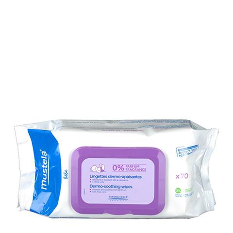 Мустела Бебе Салфетки для мягкого очищения без запаха 70 шт (Упаковка 70 шт)Для детей<br>Mustela Bebe Lingettes dermo-apaisantes (Мустела Бебе Салфетки для мягкого очищения без запаха) для всех типов кожи.<br>Влажные салфетки Mustela Bebe Lingettes dermo-apaisantes созданы для бережного очищения кожи малыша, в том числе области под подгузником без использования воды. Мягкая формула пропитки салфеток укрепляет защитные функции кожи, успокаивает и увлажняет нежную кожу ребенка. Салфетки гипоаллергенные, не имеют запаха, не оставляют маслянистую пленку на коже и не требуют смывания. Дерматологические и педиатрические тесты доказали, что салфетки безопасны для чувствительной кожи детей. Удобная упаковка позволяет сохранять их влажными и брать с собой в дорогу.<br>Активные компоненты:<br>Avocado Perseose® - запатентованный натуральный компонент, который укрепляет естественную защиту кожи и сохраняет ее клеточные ресурсы;<br>глицерин смягчает и увлажняет;<br>экстракт алое вера смягчает, успокаивает, увлажняет и защищает;<br>экстракт мыльнянки лекарственной тонизирует и очищает кожу.<br><br>Тип кожи: всех типов