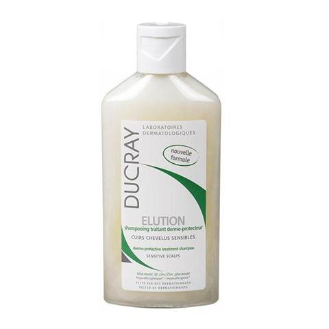 Дюкрэ Элюсьон Шампунь оздоравливающий  (Флакон 300 мл)Страшные скидки в пятницу 13<br>Ducray Elution Shampoo (Дюкрэ Элюсьон Шампунь оздоравливающий) для чувствительной кожи.<br>Нежный шампунь Ducray Elution Shampoo подходит для частого мытья головы при чувствительной коже, чередования с дерматологическими шампунями, в качестве дополнительного оздоравливающего средства во время и после курсов медикаментозного лечения трихологических заболеваний. Он хорошо очищает кожу и волосы, устраняет дискомфорт от зуда, снимает раздражение, оказывает смягчающее, увлажняющее и заживляющее действие, нормализует синтез себума. Противовоспалительные, антибактериальные и антигрибковые ингредиенты препятствуют рецидиву перхоти.<br>Активные компоненты:<br>мягкие ПАВ деликатно удаляют с кожи и волос загрязнения, перхоть и кожный жир;<br>глюконат цинка – сильный антисептик, снимает раздражение и воспаление, снижает реактивность кожи;<br>пантенол питает и успокаивает кожу головы, укрепляет корни волос;<br>пироктон оламин уничтожает микроорганизмы, бактерии и грибок;<br>пропилен гликоль увлажняет, смягчает, защищает кожу и волосы от внешних воздействий.<br>Если начать применять шампунь Ducray Elution Shampoo при первых признаках раздражения кожи головы (покраснении, шелушении, зуде), существенно снижается риск развития дерматитов, себореи.<br>Крышка флип-топ с небольшим отверстием позволяет точно отмерить нужную дозу, обеспечивая экономный расход средства.<br>В интернет-магазине Перфектория можно купить Дюкрэ Элюсьон Шампунь оздоравливающий и другую лечебную косметику с доставкой по РФ и странам СНГ. Правильно подобрать продукты по типу кожи и проблеме поможет бесплатная консультация профессионального косметолога по телефону или в онлайн-чате.<br><br>Объем мл: 300<br>Тип кожи: чувствительной