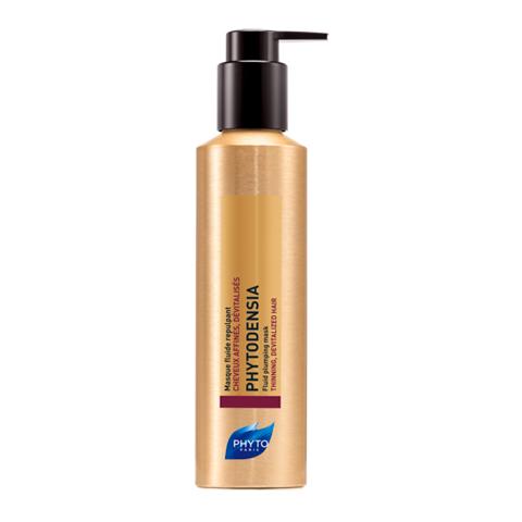 Фито Фитоденсия Маска-флюид уплотняющая (Флакон с дозатором 175 мл)Уход за волосами<br>Phyto Phytodensia Masque Fluide Repulpant (Фито Фитоденсия Маска-флюид уплотняющая) для всех типов волос, тонких и ослабленных.<br>Для антивозрасного ухода за волосами с используйте Фито Фитоденсия Маску-флюид, которая возвращает им здоровый блеск и силу молодости. Активные ингредиенты средства омолаживают и питают кожу головы, укрепляют волосяные луковицы, способствуют росту волос. При регулярном применении Phyto Phytodensia Masque Fluide Repulpant ваша прическа будет объемной и неотразимой, вы забудете о тусклости и ломкости волос.<br>Активные компоненты:<br>вернония и экстракт винограда питают волосы и кожу головы, улучшают их структуру, способствуют активному росту;<br>коллагенделает волосы плотнее;<br>гиалуроновая кислота увлажняет, восстанавливает по всей длине.<br>В результате клинических испытаний комплексного применения трех продуктов Phytodensia 78% добровольцев отметили увеличение объема волос, 83% - посчитали волосы более сильными и упругими, 85% - оживленными и молодыми (испытания проводились в течение 4 недель при участии 53 добровольцев).<br><br>Объем мл: 175<br>Тип кожи: всех типов