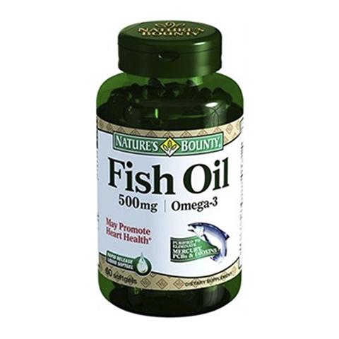 Нэйчес Баунти Рыбий жир 500мг, Омега-3 (Банка 60 капсул)Здоровье<br>Natures Bounty Fish Oil 500 mg Omega-3 (Нэйчес Баунти Рыбий жир 500 мг, Омега-3). <br>Биологически активная добавка Natures Bounty Fish Oil 500 mg Omega-3 обеспечит ежедневное поступление в организм достаточного количества жирных кислот Омега-3, необходимых для регулирования уровня холестерина в крови и предотвращения атеросклероза, а также построения клеточных мембран, что важно для передачи нервных импульсов, работы сердца и мозга. Употребление капсул позволит предотвратить возрастное ухудшение зрения, возникновение ретинопатии и дегенерации макулы. Нэйчес Баунти Рыбий жир 500 мг, Омега-3 улучшит работу нервной и иммунной систем, когнитивные способности, вернет коже сияние и эластичность, а волосам – силу и блеск. Препарат помогает справиться с повышенными умственными и эмоциональными нагрузками, борется с воспалительными процессами в организме, облегчает боли в суставах.<br>Активные компоненты: <br>полиненасыщенные жирные кислоты Омега-3 предотвращают заболевания сердца, сосудов, глаз, регулируют уровень холестерина в крови, поддерживают красоту кожи и волос, повышают иммунитет. <br>Без консервантов<br>Не содержит сахара, подсластителей, лактозы, глютена.<br><br>Тип кожи: всех типов