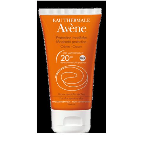 Авен Крем солнцезащитный SPF 20+ (Туба 50 мл)Солнцезащитные средства<br>Солнцезащитный спрей SPF 20 разработан для ухода за вашей кожей во время пребывания на солнце.<br>Крем обеспечивает максимальную защиту от ультрафиолетового (А и В) и инфракрасного R излучения; длительную защиту от солнца (в течение<br>4 часов); увлажняющее и успокаивающее действие.<br>Входящий в состав спрея запатентованный минеральный экран обеспечивает высочайшую защиту от UVA и UVB лучей, которая является максимально продолжительной по времени из-за высокой фотоустойчивости, а также обладает устойчивостью к поту и воде. Пре-токоферил нейтрализует неблагоприятное действие свободных радикалов. А термальная вода АВЕН обладает великолепными успокаивающими и увлажняющими свойствами.<br><br>Объем мл: 50<br>Тип кожи: всех типов, чувствительной