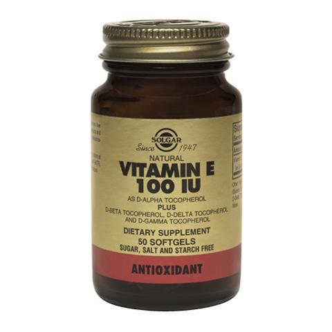 Солгар Витамин Е 100 МЕ (50 капсул)Здоровье<br>Solgar Vitamin E 100 IU (d-Alpha Tocopherol &amp; Mixed Tocopherols)(Солгар Витамин Е 100 МЕ) <br>Витамин Е, полученный из натуральных источников, прекрасно усваивается организмом и помогает ему противостоять окислительному стрессу, который приводит к преждевременному старению. Пищевая добавка Solgar Vitamin E 100 IU (d-Alpha Tocopherol &amp; Mixed Tocopherols) содержит d-альфа-токоферол, природный витамин Е, а также смесь его изомеров, усиливающих антиоксидантные свойства. Солгар Витамин Е 100 МЕ поможет укрепить сердце, защитить кровеносные сосуды, поддерживать молодость и красоту кожи, повысить иммунитет и предотвратить многие заболевания.<br>Активные компоненты: <br>витамин Е (в виде d-альфа-, d-бета-, d-дельта-, d-гамма-токоферола) борется со свободными радикалами, поддерживает здоровье кожи и сердечно-сосудистой системы. <br>Не содержит глютена, молочных продуктов, пшеницы, дрожжей, сахара, подсластителей, натрия.<br>Без консервантов.<br><br>Тип кожи: всех типов