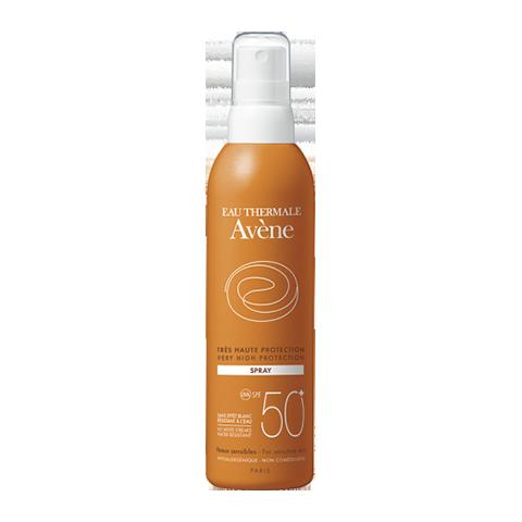 Авен Спрей солнцезащитный SPF 50+ (Флакон 200 мл)Солнцезащитные средства<br>Avene Very High protection spray SPF 50+ (Авен Спрей солнцезащитный SPF 50+) для комбинированной, нормальной, чувствительной кожи.<br>Спрей солнцезащитный Avene Very High protection spray SPF 50+ предназначен для защиты от активного солнца сверхчувствительной кожи I и II фототипа. В состав спрея входит уникальный комплекс компонентов «СанСитив Протекшн» и минимальное количество химических фильтров, что обеспечивает надежную естественную защиту без раздражения чувствительной кожи.<br>Смягчающие компоненты Avene Very High protection spray SPF 50+ предотвращают шелушение кожи, укрепляют ее защитный барьер, снимают раздражение. Спрей солнцезащитный Avene Very High protection spray SPF 50+ обладает нежирной легкой текстурой, легко наносится, быстро впитывается и не оставляет следов на коже. Спрей упакован в удобный флакон с колпачком с индикацией вскрытия.<br>Активные компоненты:<br>термальная вода Aveneоказывает успокаивающее и смягчающее действие, дарит коже ощущение комфорта;<br>пре-токоферилпредотвращает фотостарение;<br>глицеринувлажняет и смягчает кожу;<br>диоксид титанаминеральный экран, защищающий от ультрафиолетового излучения.<br>Не содержит парабенов. Сертифицированное соответствие УФА. 100% фотостабилен. Водостойкий.<br><br>Объем мл: 200<br>Тип кожи: комбинированной, нормальной, чувствительной