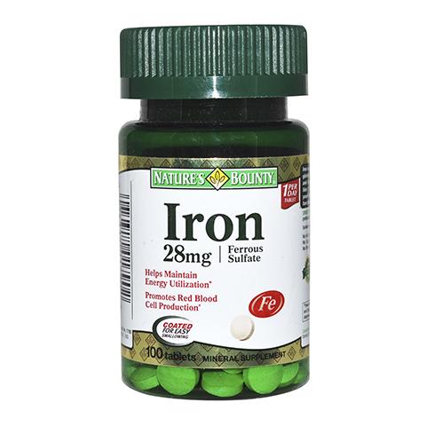 Нэйчес Баунти Железо 28 мг (100 таблеток)Здоровье<br>Natures Bounty Iron 28 mg Ferrous Sulfate Tablets (Нэйчес Баунти Железо 28 мг) для профилактики и лечения железодефицитной анемии.<br>Препарат  Natures Bounty Iron 28 mg Ferrous Sulfate Tablets решает проблему дефицита железа – минерала, необходимого для синтеза гемоглобина в организме.<br>Благодаря повышению уровня гемоглобина, все органы и ткани получают больше кислорода. Поэтому с каждым днем приема таблеток Нэйчес Баунти Железо 28 мг уходит чувство хронической усталости, меньше кружится и болит голова, лицо обретает здоровый цвет, улучшается состояние кожи, укрепляются волосы и ногти.<br>Активные компоненты:<br>глюконат железа увеличивает концентрацию гемоглобина в эритроцитах, за счет чего ускоряются обменные процессы, восстанавливаются жизненные силы организма.<br>Без сахара, соли, крахмала, молока, лактозы, глютена, сои, пшеницы, дрожжей, морепродуктов<br>Без подсластителей и консервантов.<br><br>Тип кожи: всех типов