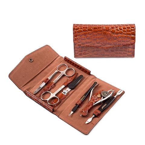 Зингер Маникюрный набор в коричневом футляре (7 предметов) (Набор) (Zinger)